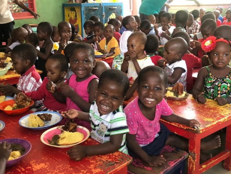 Visit of the orphanages Kimbondo (Madlen) and COLK in Kinshasa