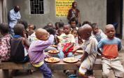 (5) Ernährung unterprivilegierter Kinder in Kisenso