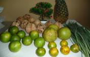 13. Fruits, coconuts, lemongrass: gifts from farmers